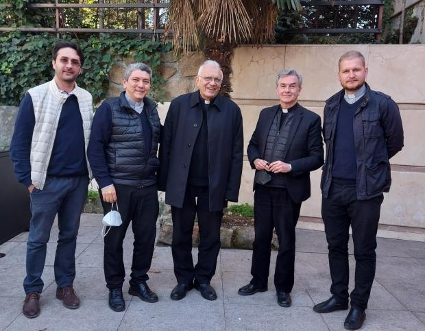Visita de cortesía del Cardenal Baltazar Porras