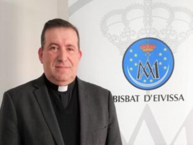 Nuestro párroco es elegido administrador diocesano