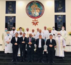 PROVINCIA ESPIRITANA DE BRASIL - Padre Leonardo da Silva - Re-elegido para un segundo término como Provincial - PARABÉNS